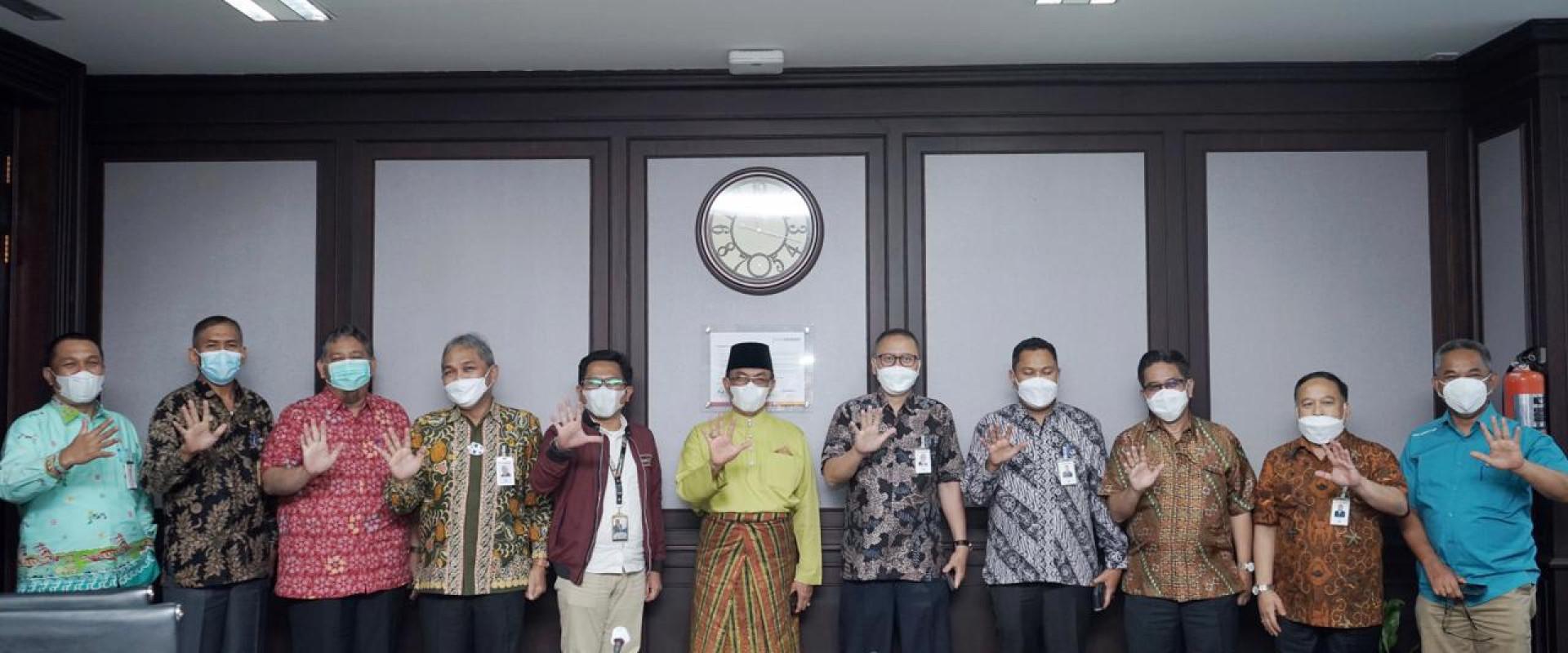 Pemkab Inhil Lakukan kunjungan ke PT. Bank Riau Kepri Pekanbaru.