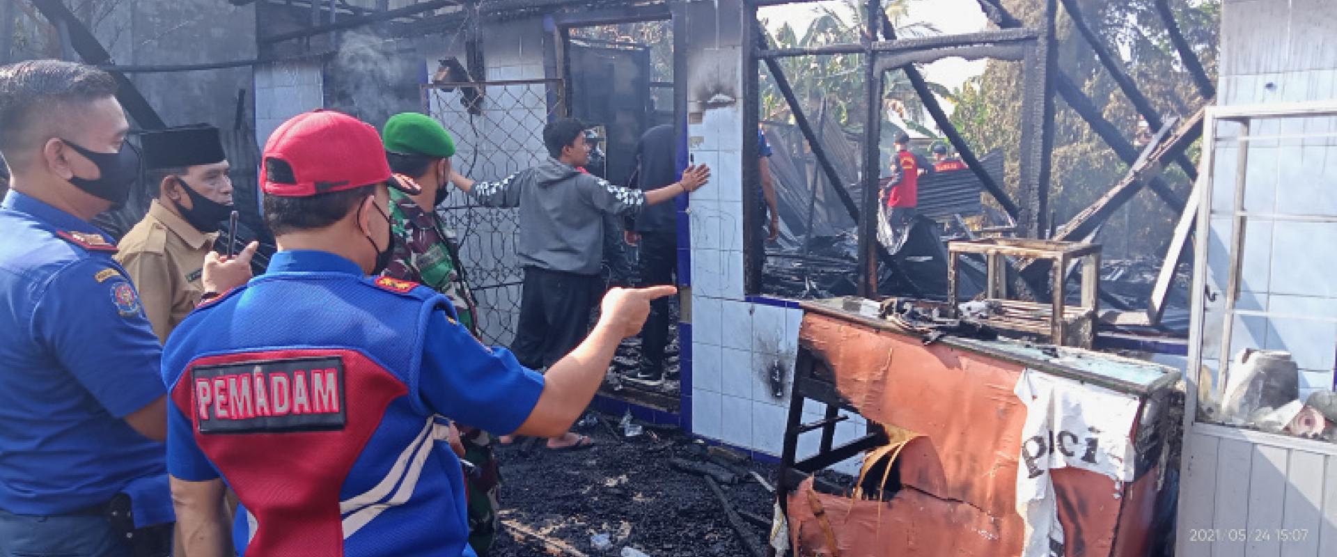 I unit rumah Warga Jalan H Said Tembilahan Ludes Terbakar