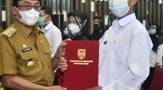 Sebanyak 144 orang resmi di angkat menjadi PPPK (pegawai pemerintah dan perjanjian kerja) di Inhil
